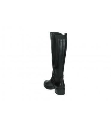 Zapatos para señora cuña pitillos 5238 en negro