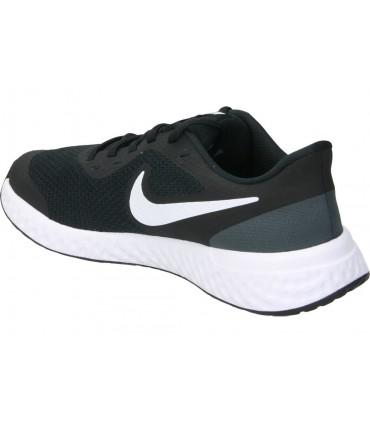 Deportivas running Nike Revolution 5 bq3204-002 en negro hombre